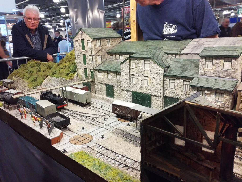 Model engine shunting